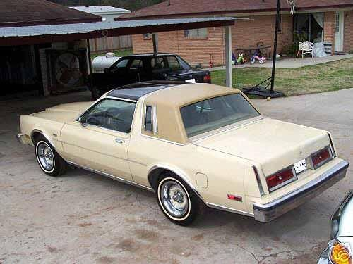 1980 Chrysler LeBaron Medallion