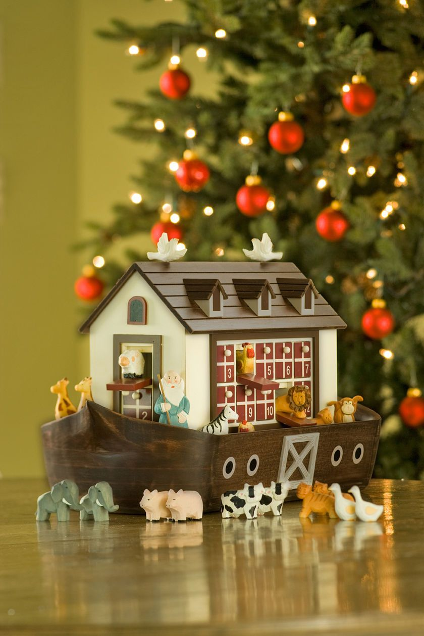 Noah's Ark Advent Calendar (With images) Wooden advent