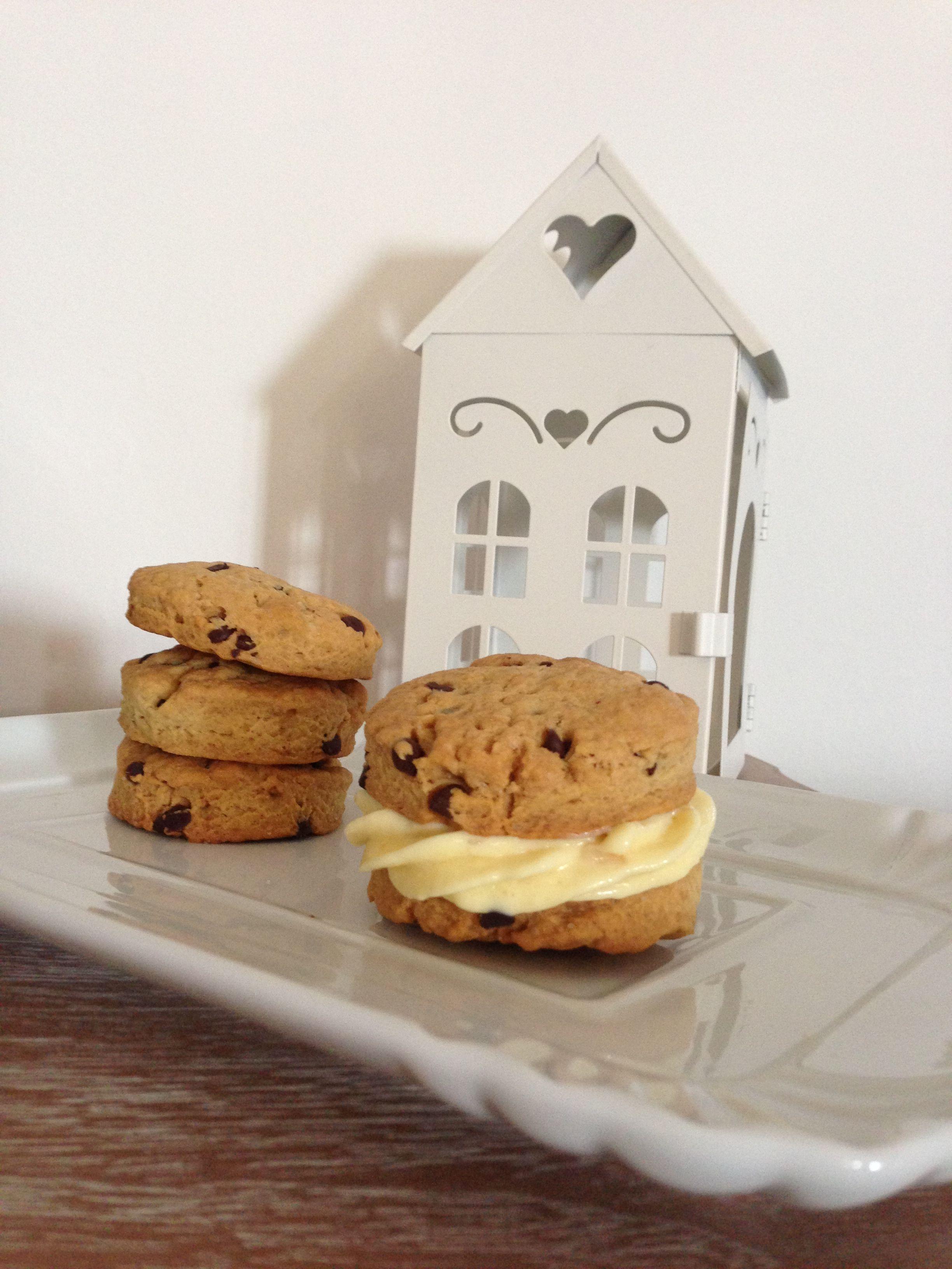Cookies and ice cream homemade