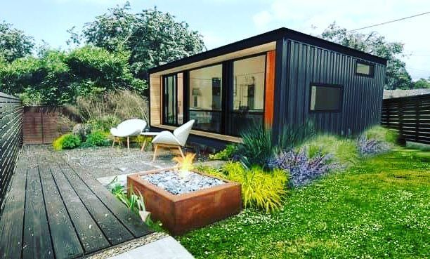 Double tap and tag a friend!  #containerhome #shippingcontainer #homedecor #home #tinyhomes #tinyhome #shippingcontainerhouse