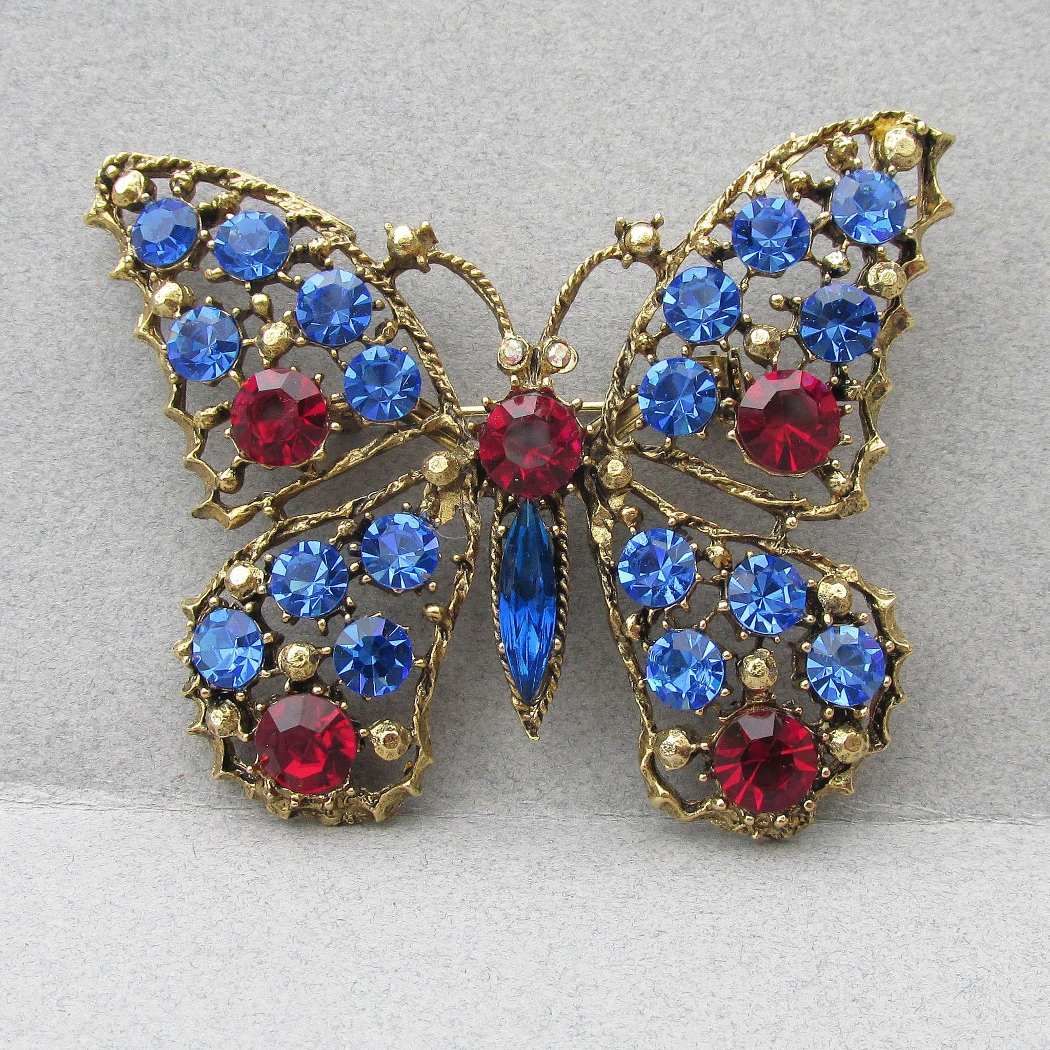 butterfly diamond a s brilliant sapphire brooch and nyr pearl jewels cultured