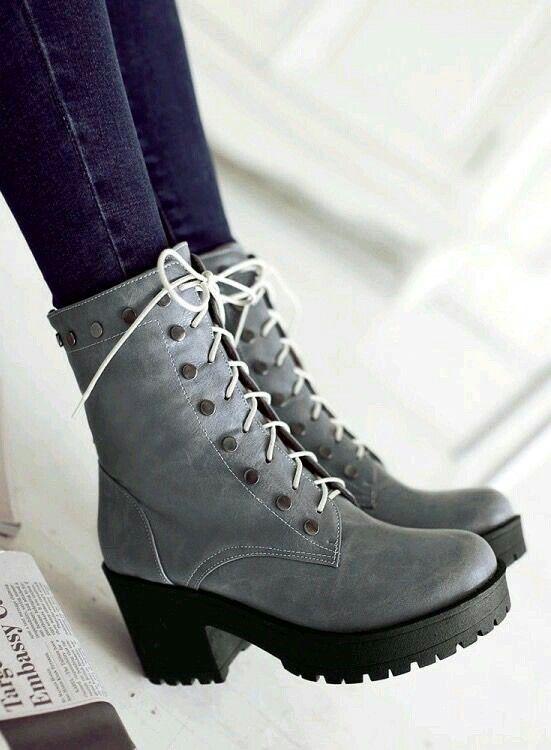 Womens pure colur square heel shoe