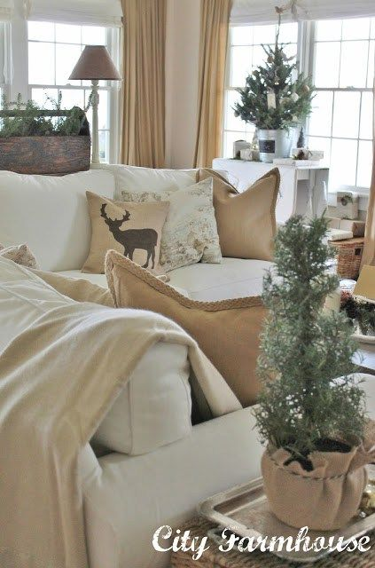 Top 10 Christmas Decorating Trends for 2015 - Charming Imperfections