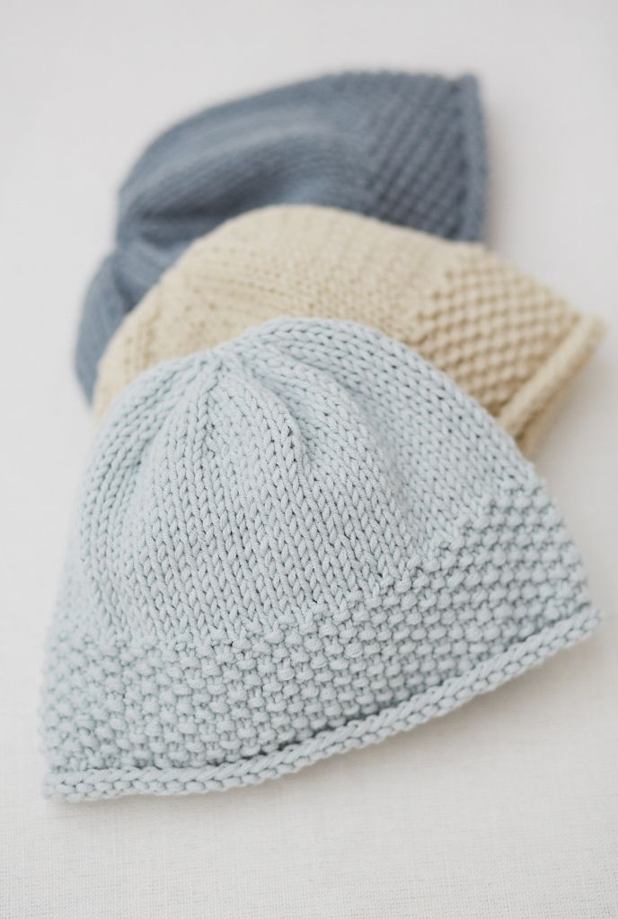 Simple to make, seamed hat. Uses 1 ball of Rowan All Seasons Cotton ...