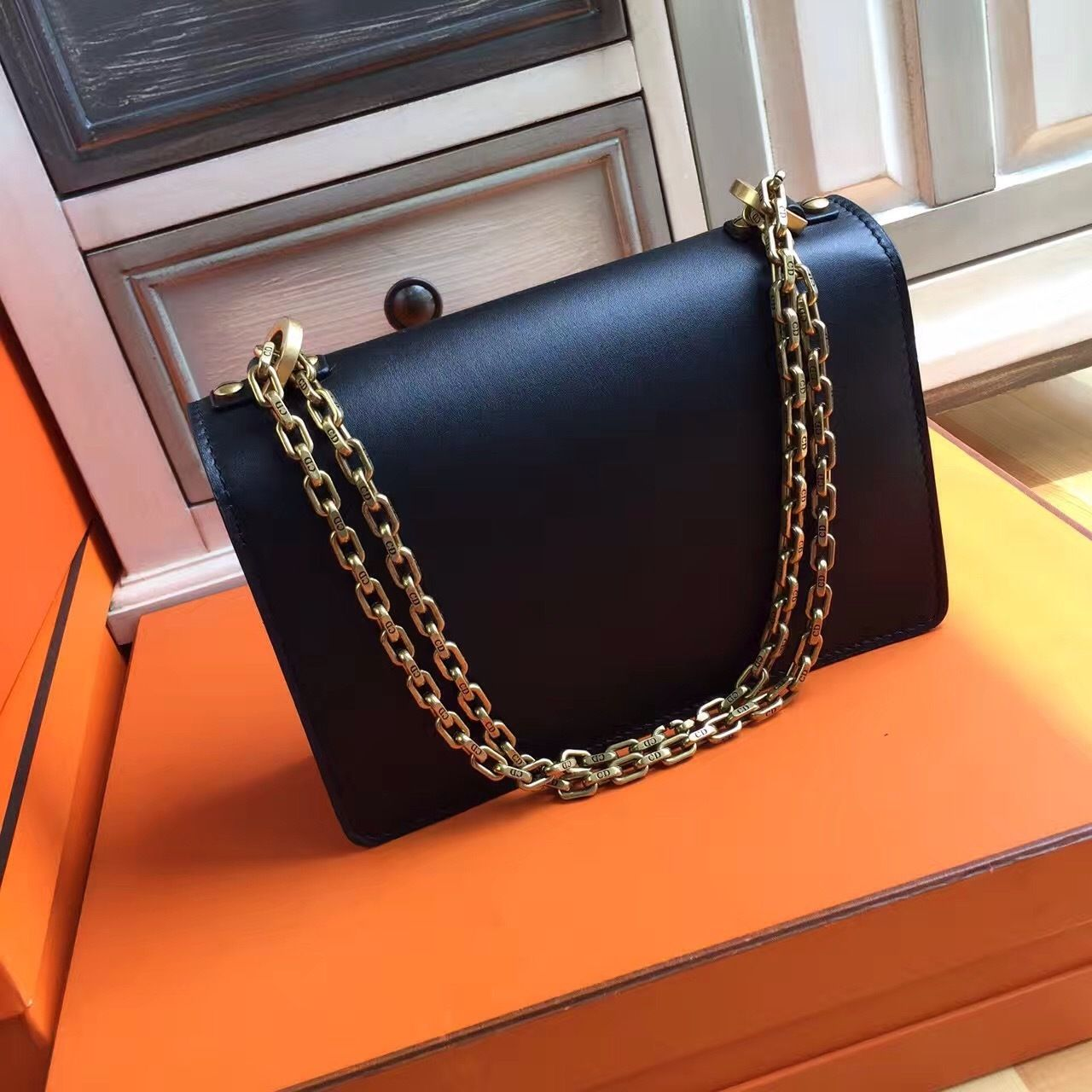 J'ADIOR FLAP BAG WITH CHAIN IN BLACK CALFSKIN Bella Vita