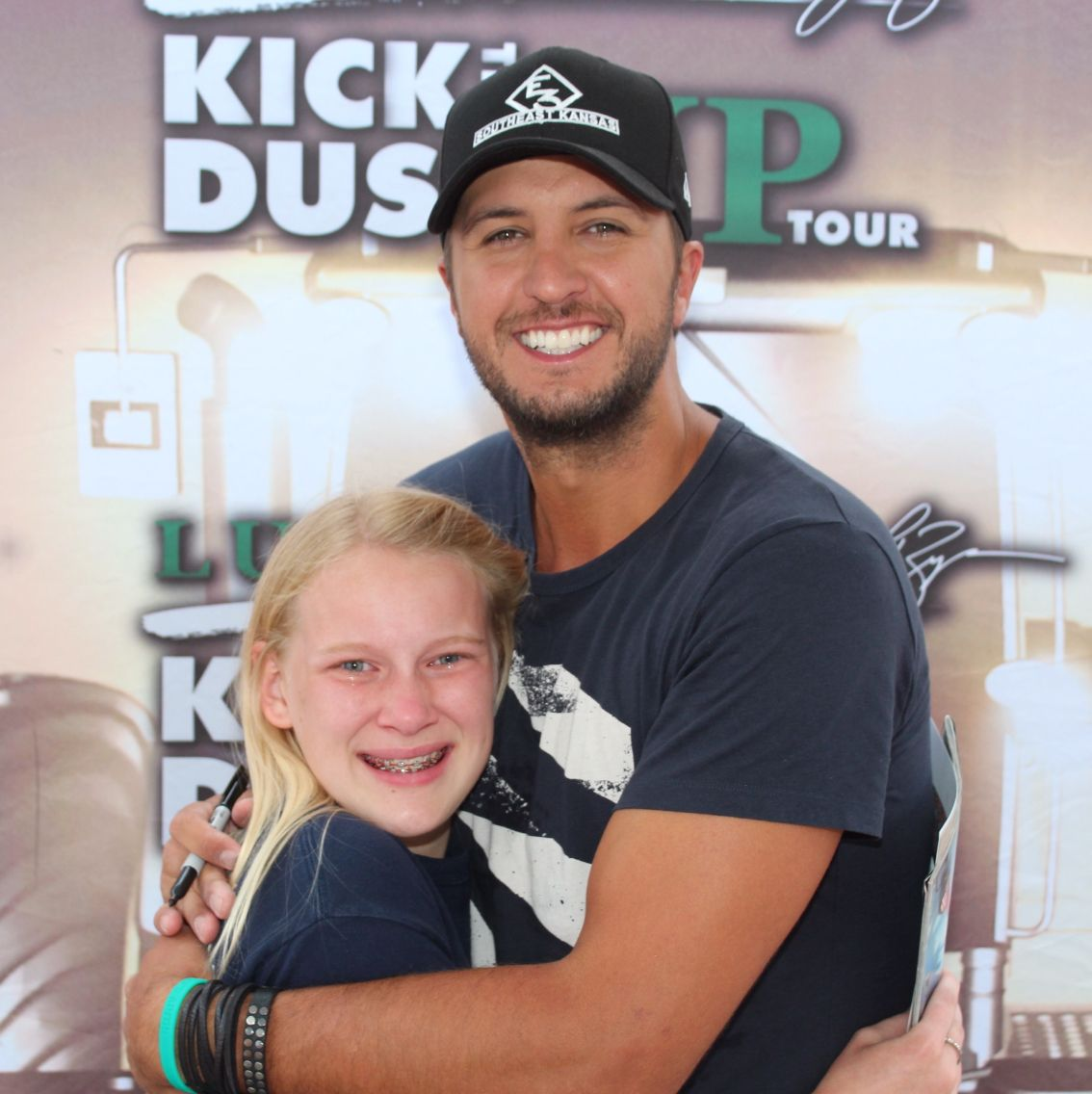 Luke bryan meet and greet luke bryan pinterest luke bryan luke bryan meet and greet m4hsunfo