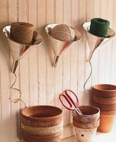 Coole Bastelideen DIY bastelideen alte küchenkrams trichter als garn aufbewahrung