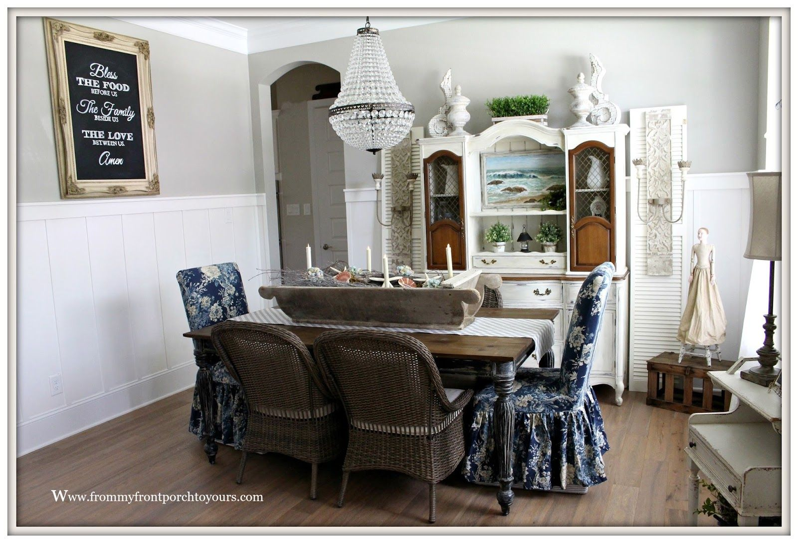 14 Unutterable French Wainscoting Ideas In 2020 Dining Room Wainscoting Wainscoting Styles Wainscoting Kitchen