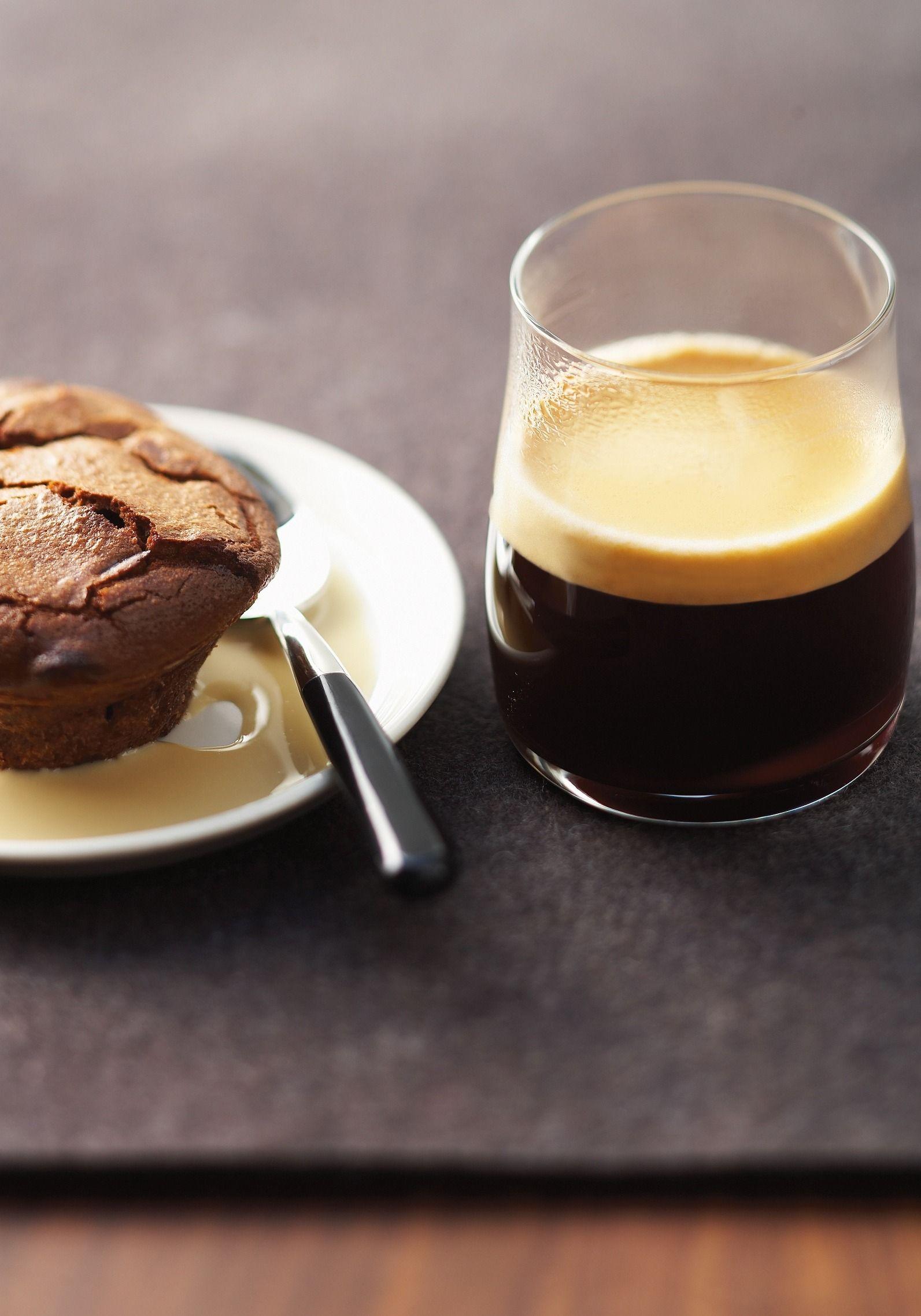 vivalto lungo chocolate fondants with coffee custard. Black Bedroom Furniture Sets. Home Design Ideas