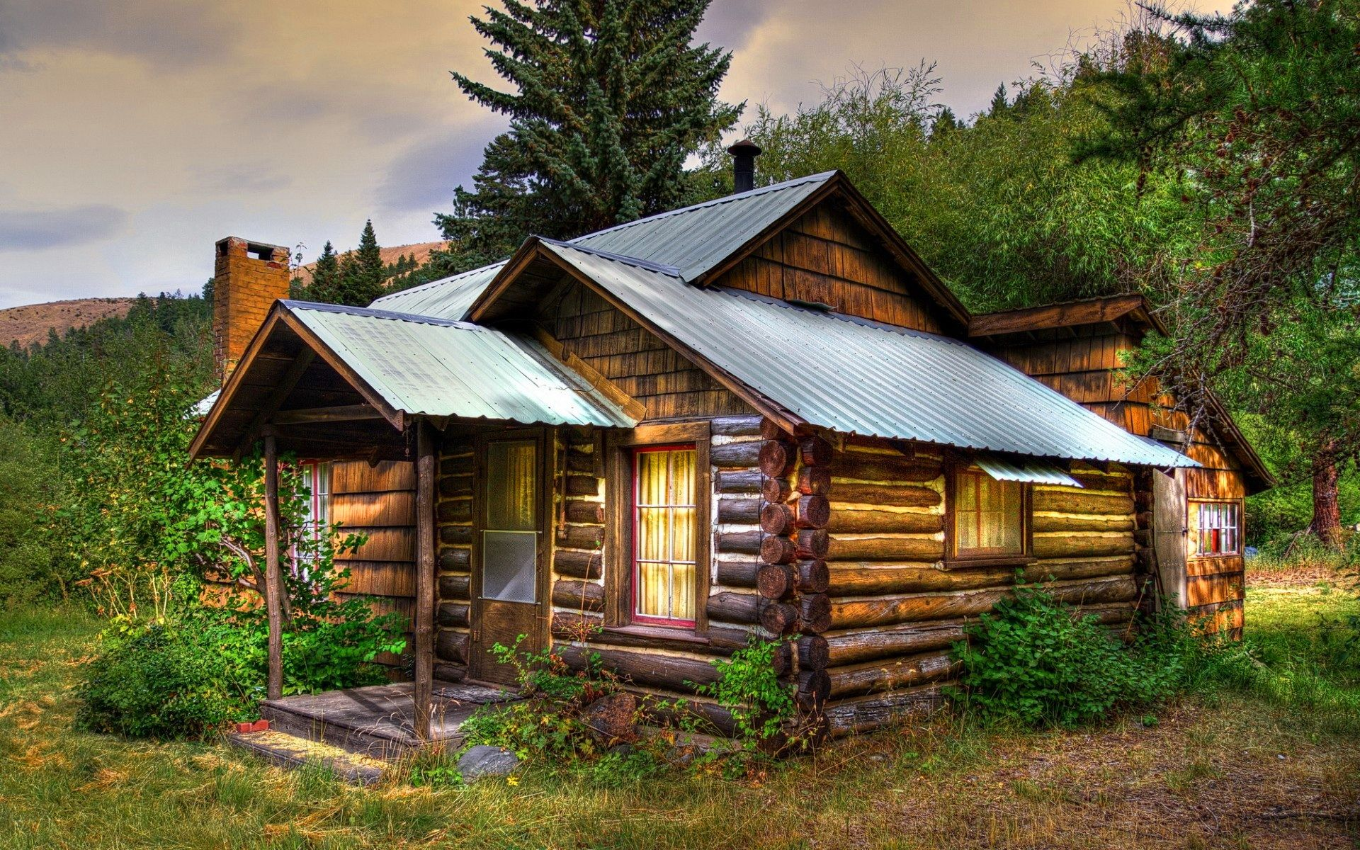 Wood cabin cabins cottages pinterest cabin wood for Wood cabin homes