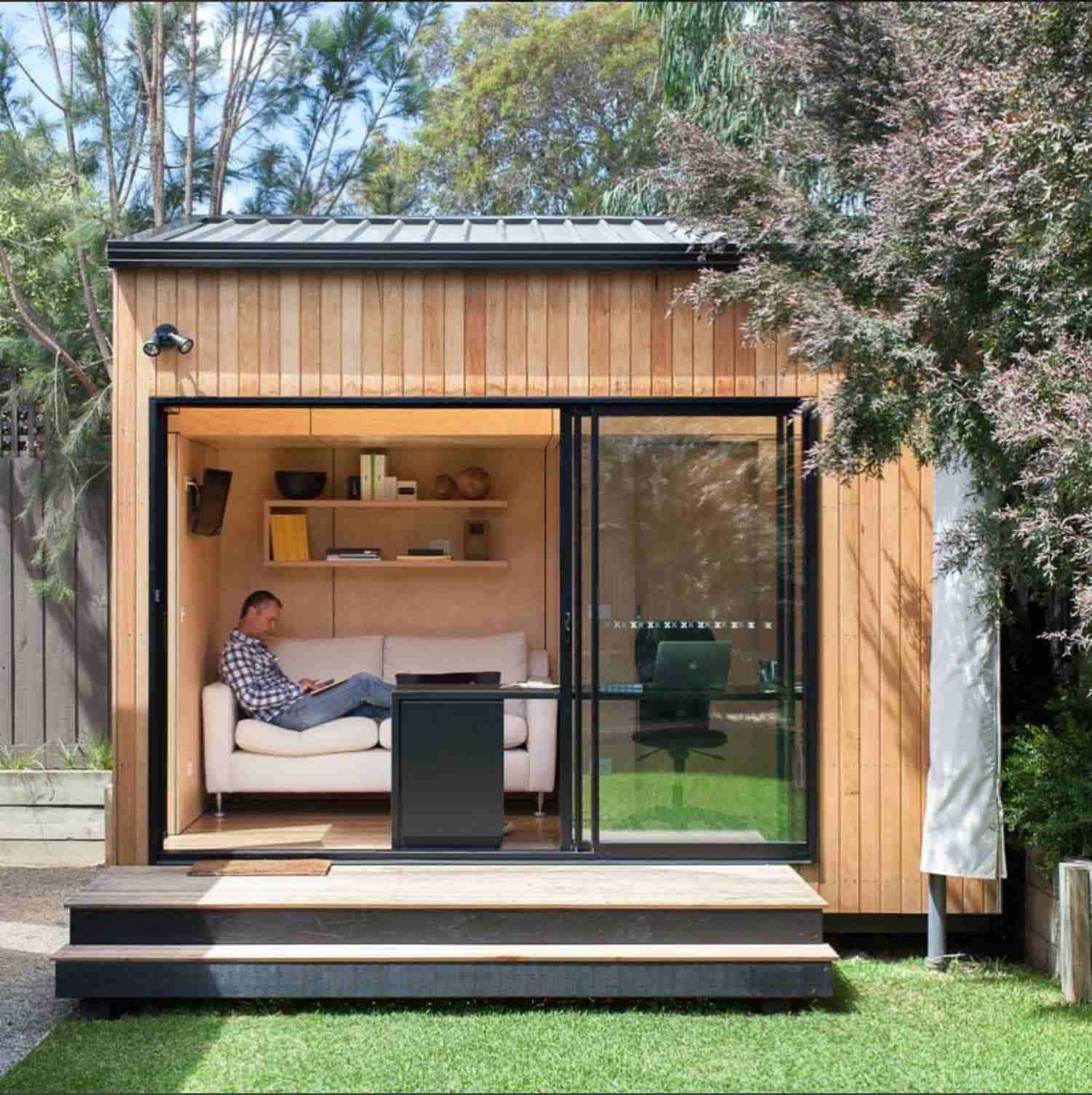 20 Cool Initiatives Of How To Makeover Small Backyard Shed Ideas Simphome Shed Design Building A Shed Backyard Shed