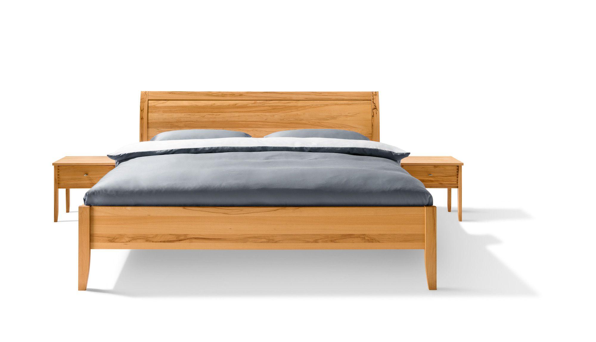 Bett Doppelbett Massivholz Kopfteil geschlossen oder