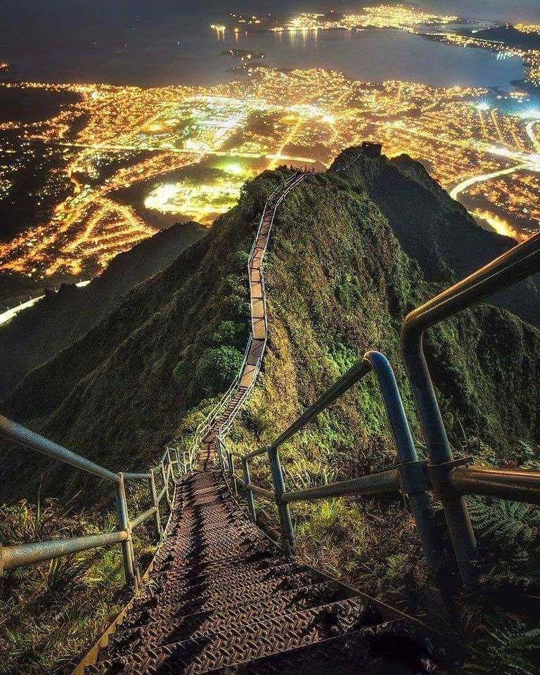 Stairway to Heaven, Oahu, Hawaii. | Hawaii | Pinterest ...