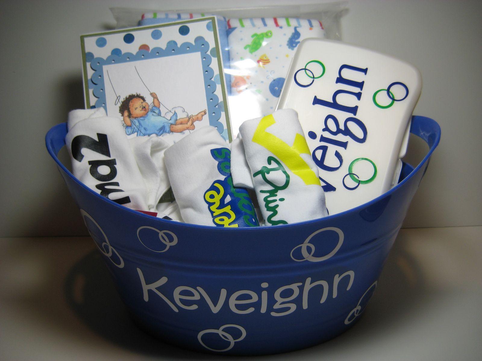 Baby shower gift diy baby shower gifts cricut baby