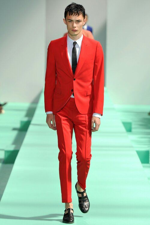 Tinie Tempah fabulous in scarlet red Paul Smith