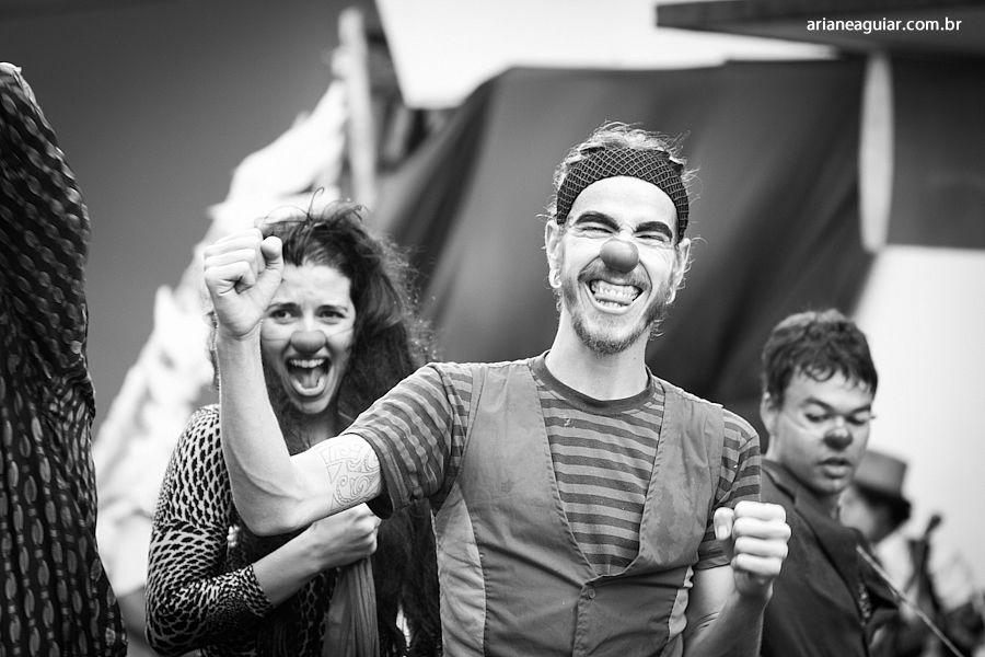 Começando o ano sorrindo | Coletivo Raiz - Agência de Ideias