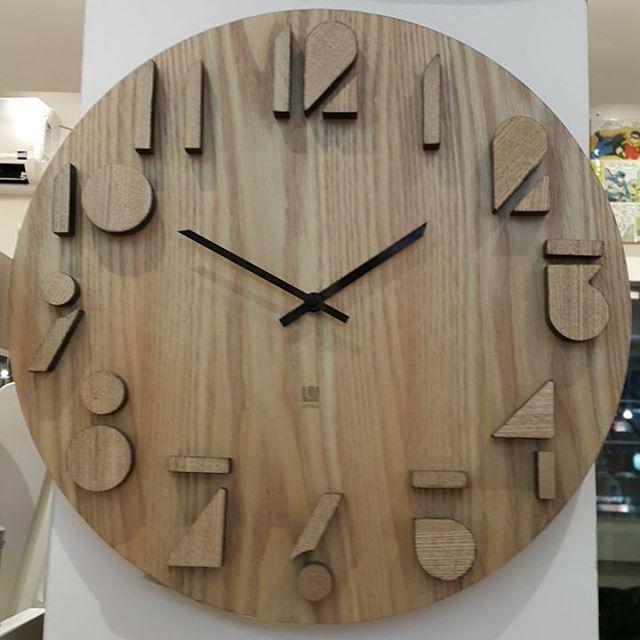 a764ac70f76 Relógio maravilhoso em madeira… Mais