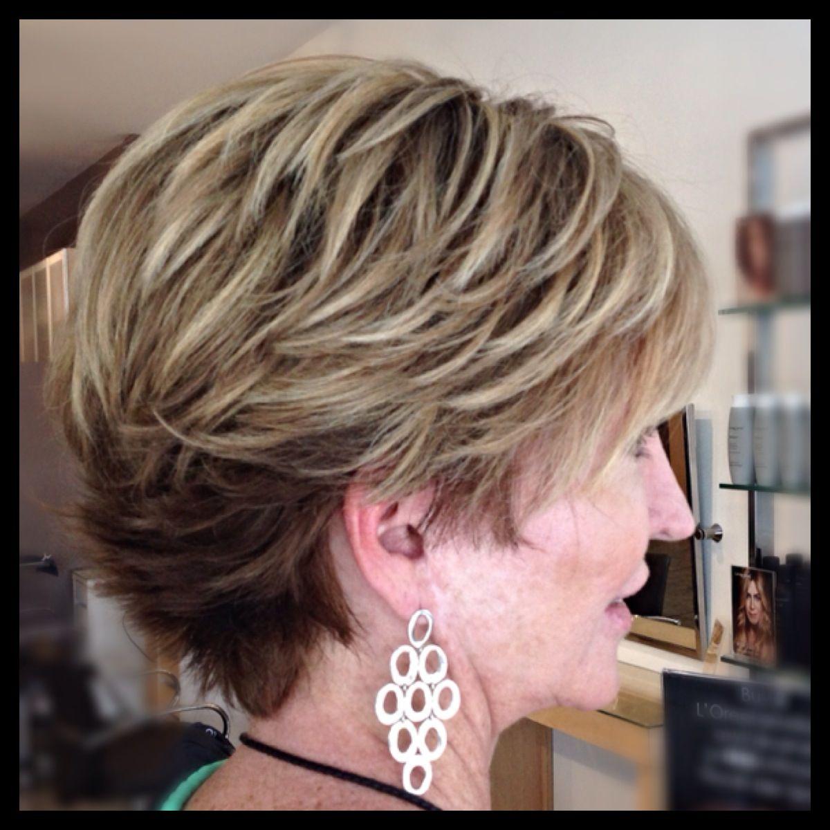 20 Korte Kapsels Met Hyper Moderne Kleurtechnieken Ombre Color Melt Balayage Very Short Hair Short Hair Highlights Short Hair Balayage