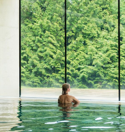 Why Not Treat A Loved One To A Overnight Spa Break At Cowley Manor Call Now To Find Out More Spa Breaks Spa Pool Manor