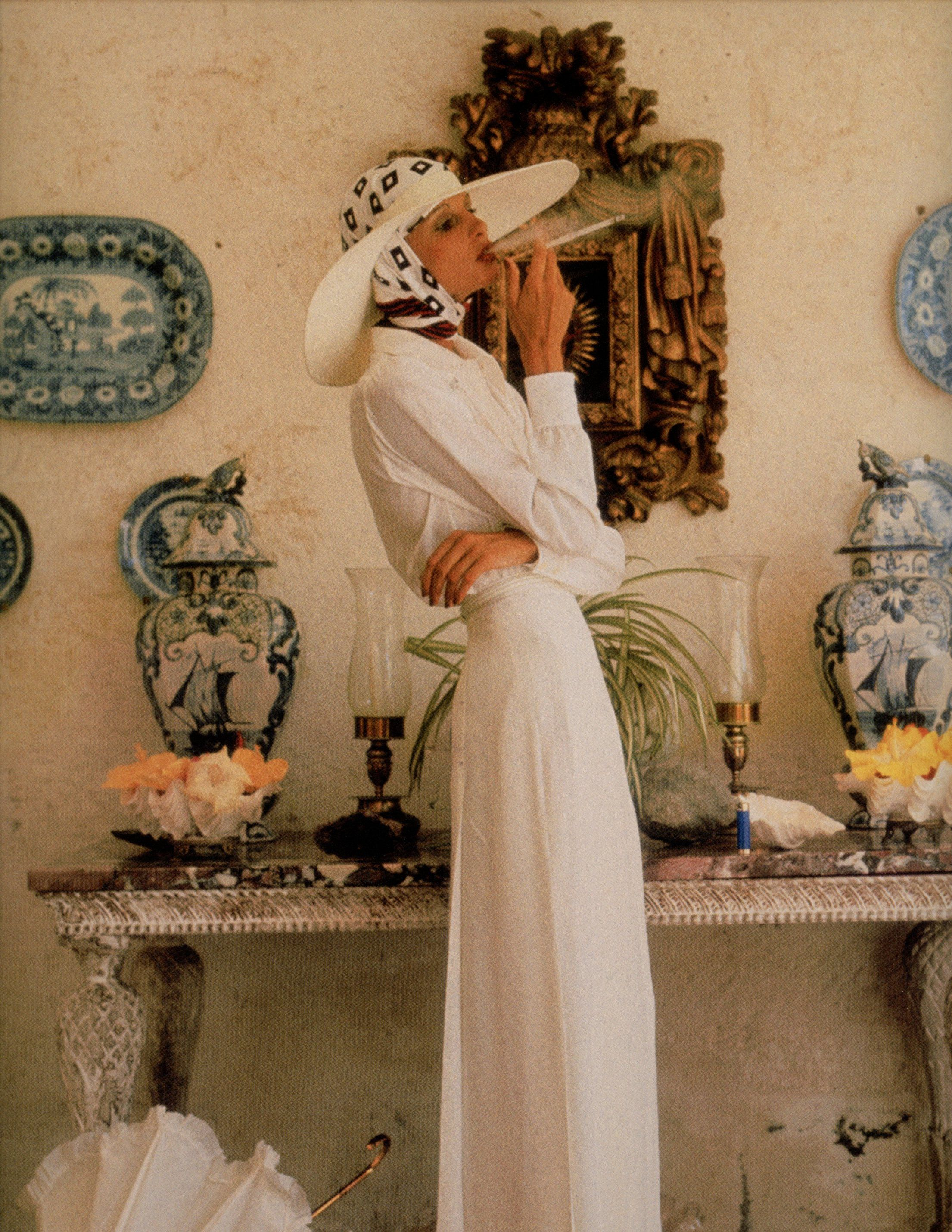 Appollonia van Ravenstein, photographed by Norman Parkinson for Vogue UK, 1973. Oliver Messel's house. 70s summer style.