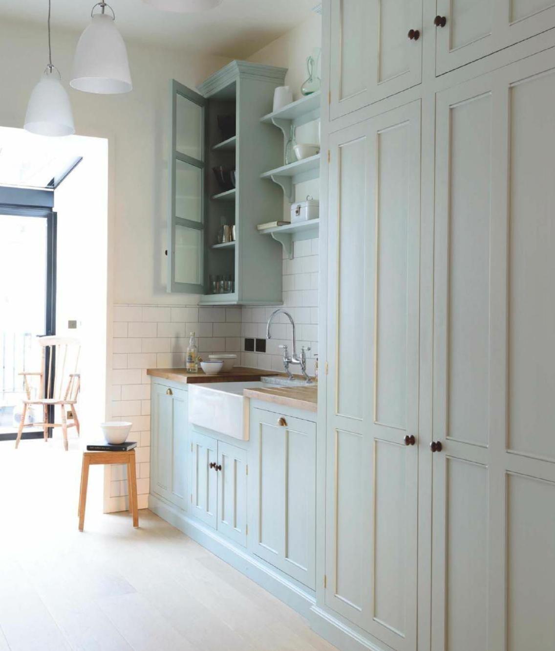 Pale Green Kitchen Units: Very Pale Green Kitchen