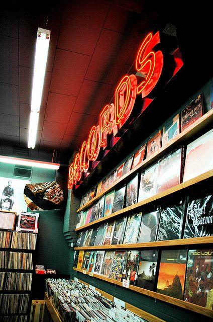 Open Rp Blue I Was Working An Extra Shift At The Record Store Luckily Not A Lot Of Preps Show Up Here So I Vintage Photography Vintage Music Retro Aesthetic