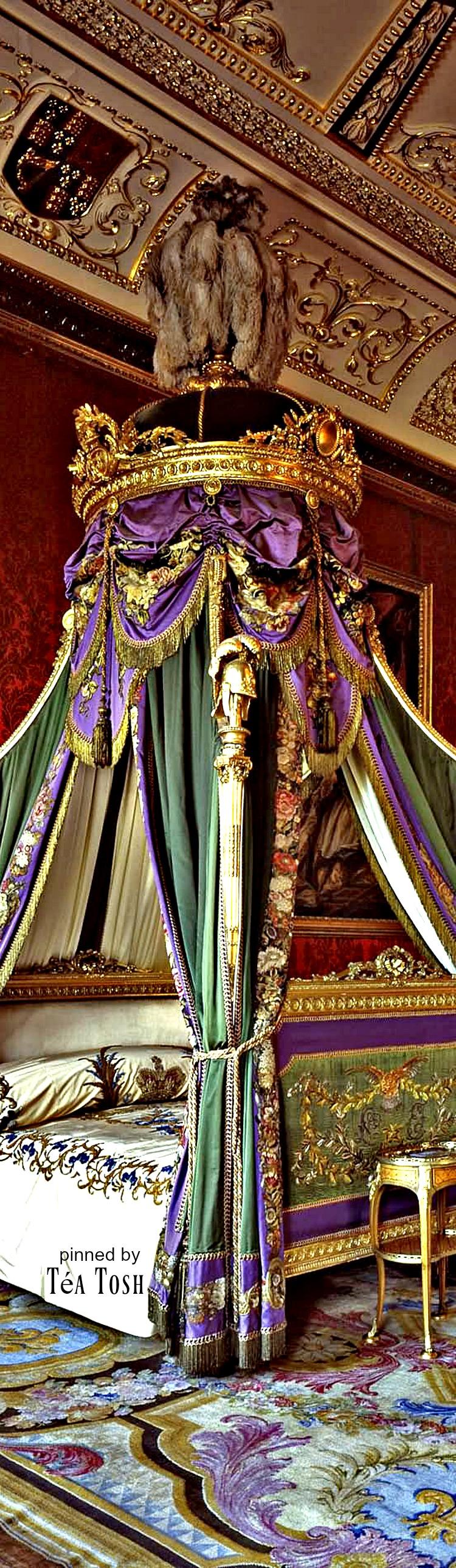 ❇téa tosh❇ amazing inside view of the buckingham palace