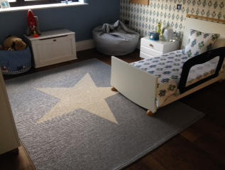 pappelinas viggo star metallic grey vanilla rug looking fantastic in this stylish kids room sent - Metallic Kids Room Interior
