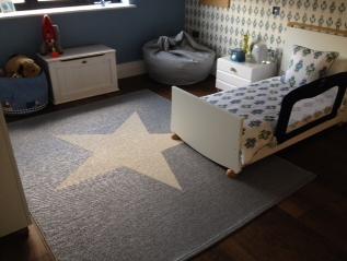 pappelinas viggo star metallic grey vanilla rug looking fantastic in this stylish kids room sent - Metallic Kids Room Interior