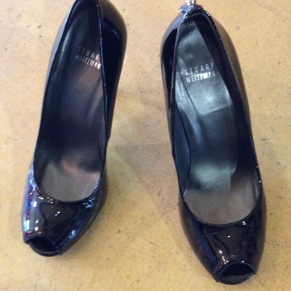 """Stuart Weitzman black patent  cut out toe 38.5 These have been worn once for a few hours. No box or dustbag. Lucky you!!!! Heel height 4"""" Stuart Weitzman Shoes"""