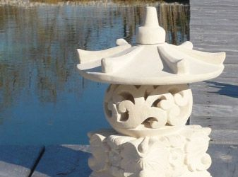 Lanterne japonaise jardin projet japonais pinterest for Jardin japonais lanterne