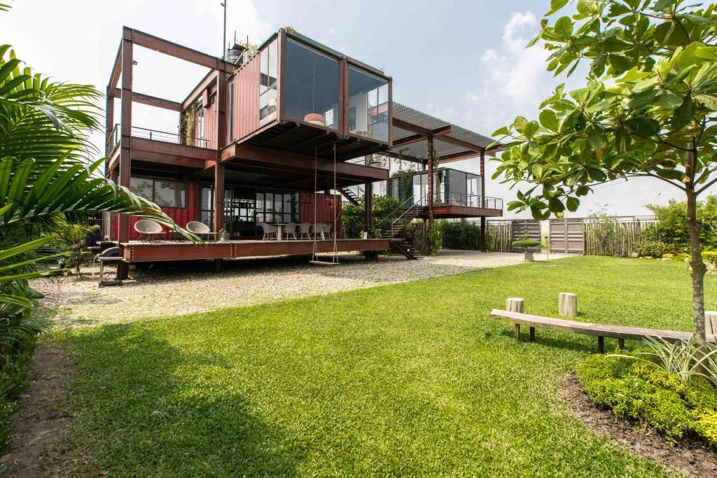 This Stacked Shipping Container House Is Stunning Container homes