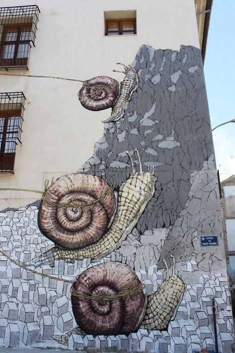"Carrer de Sant Donís, Barrio del Carmen, Valéncia (Valencian for: ""Saint Donís St., Del Carmen Neighborhood, Valencia"")"