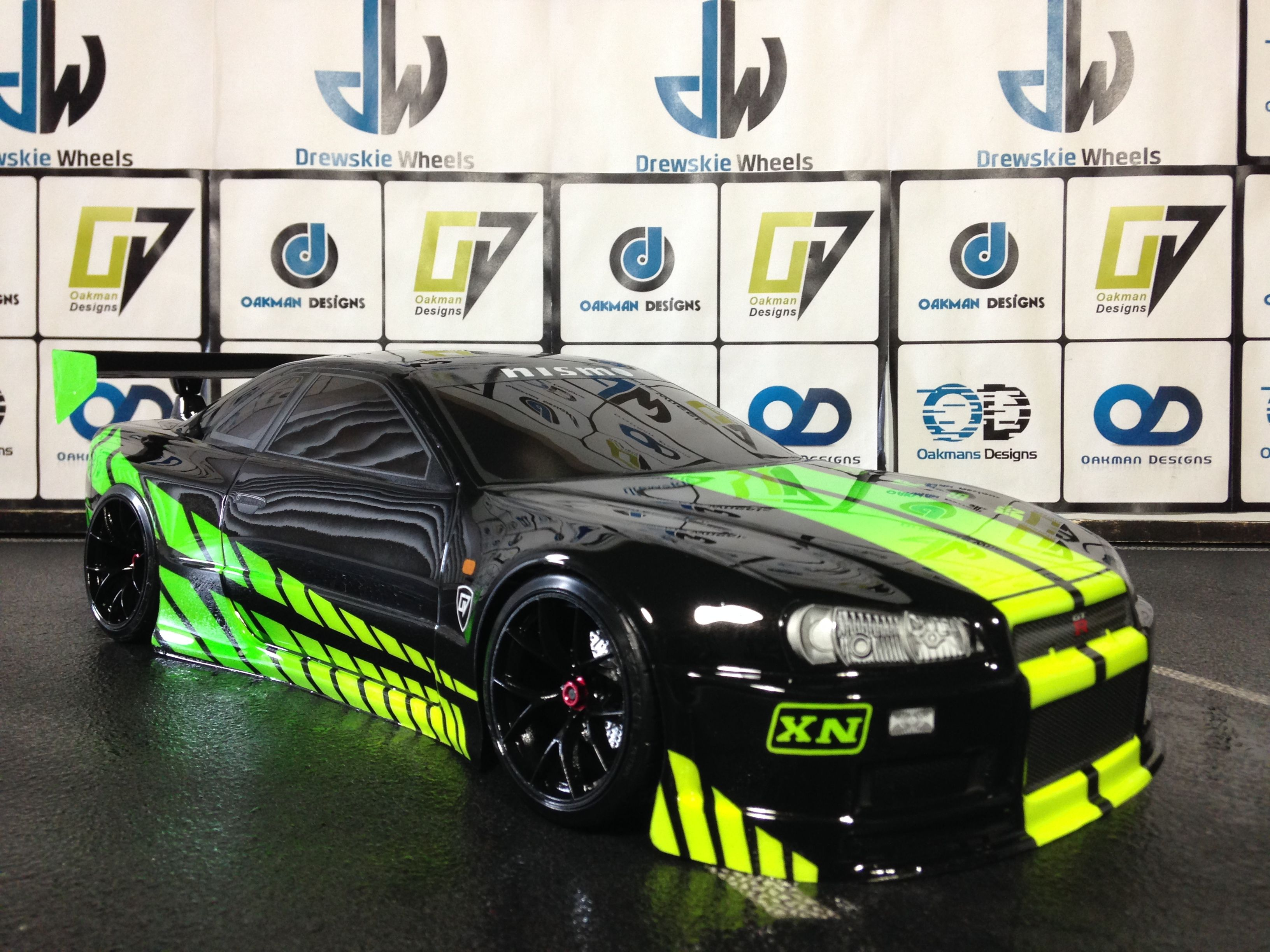 rtr oakman drift car is a fully customed rc car that comes with