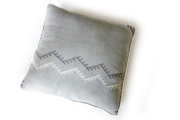 dhukuti: woven cushion cover