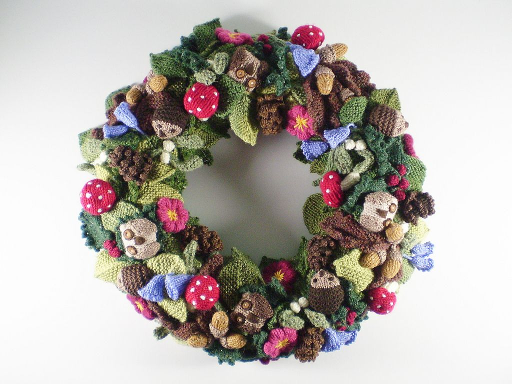Ravelry: Woodland Wreath pattern by Frankie Brown | Knitting ...