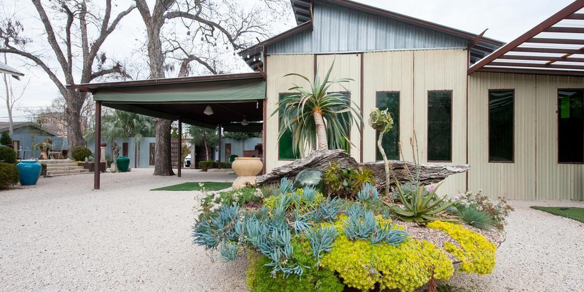 1102 East Austin Weddings Price Out And Compare Wedding Costs For