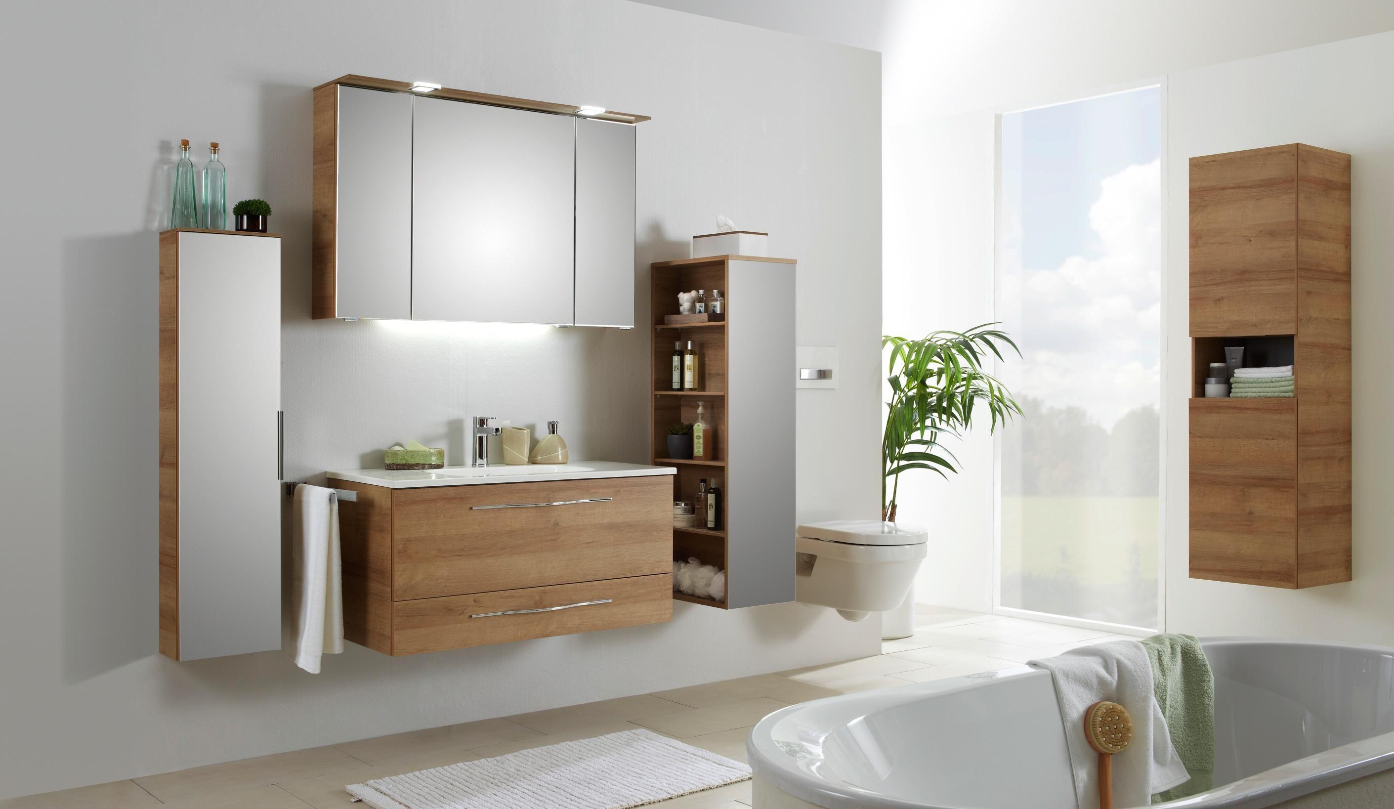 Badezimmer   Badezimmer, Weiße möbel und Unterschrank