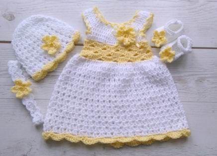 Crochet vestido de bebé en venda de vestido blanco y amarillo ...