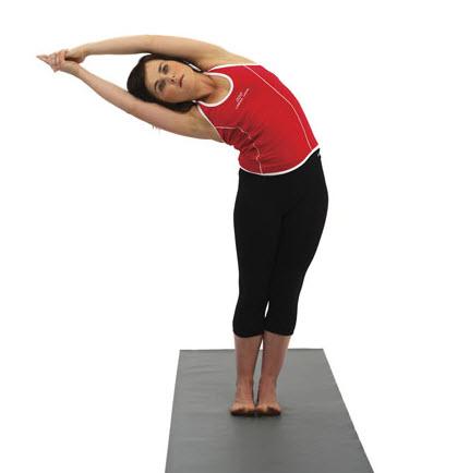 la posture de la demilune ardha chandrasana  pose yoga