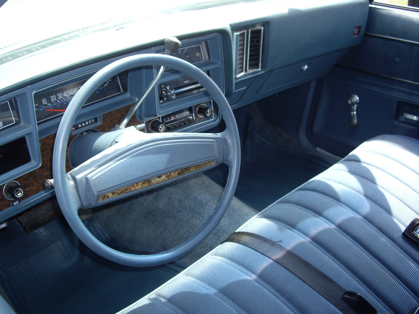 Malibu chevy classic malibu : 1975 Chevrolet Malibu Classic interior | Classic Car Interiors ...