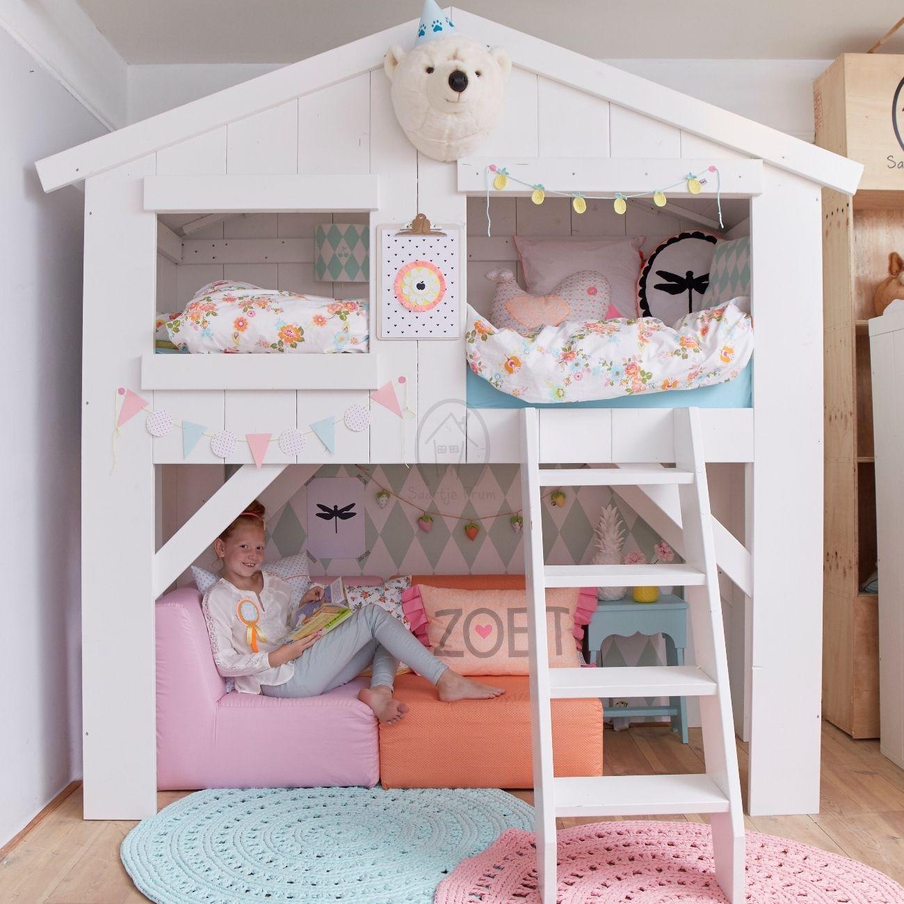 Kinderbed boomhut de leukste huisjesbedden voor de kinderkamer bij saartje meisjeskamer - Gordijnen voor de kinderkamer ...