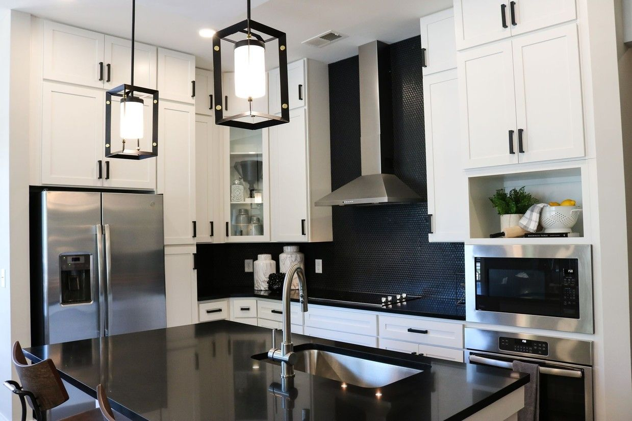 The Village At Commonwealth Apartments Charlotte Nc Apartments Com Model Homes Apartments For Rent Bedroom Studio
