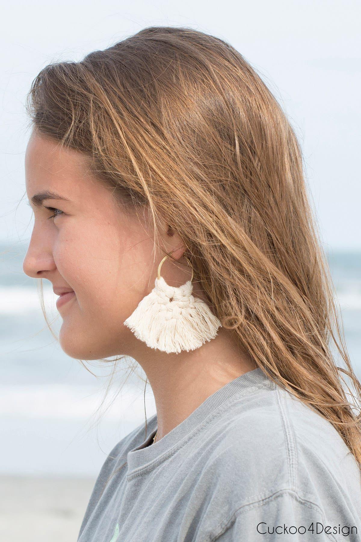 How to make macrame earrings | macrame earring tutorial | DIY macrame earrings | macrame jewelry #macrame #macramelove #jewelry