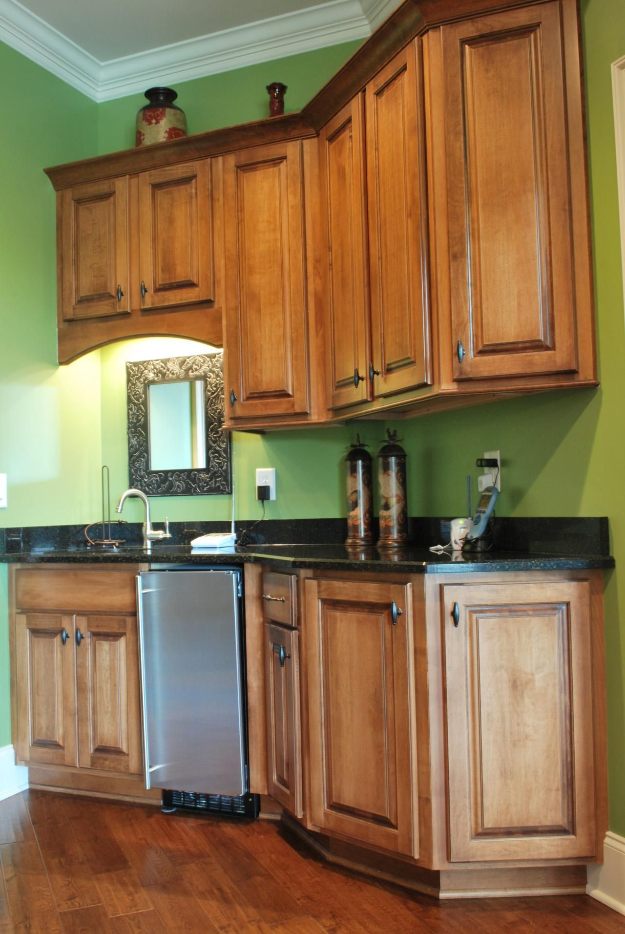 Shiloh Cabinetry (With images) | Shiloh cabinetry, Kitchen cabinets, Home decor