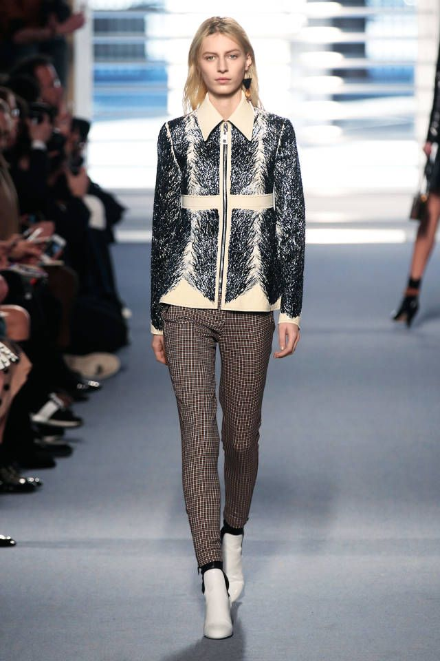 12224404f180 Louis Vuitton  Like A Diamond. See fall 2014 s hottest trends straight from  the runway. Click here for more styles.