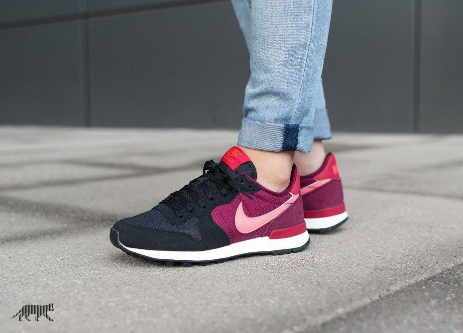 Sneakers femme - Nike Internationalist (©asphaltgold)