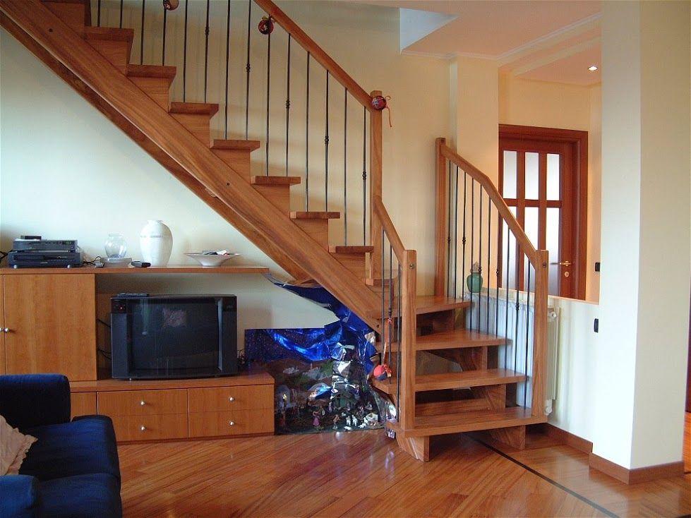 Corallo scala interna a giorno in legno scala per for Ambienti interni moderni