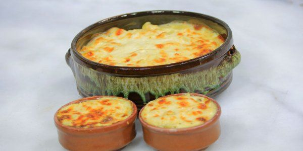 Cbc Sofra طريقة عمل مكرونة بالبشاميل والجبنة نجلاء الشرشابي Recipe Food Recipes Vegetarian Recipes
