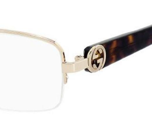 Gucci eyewear in store